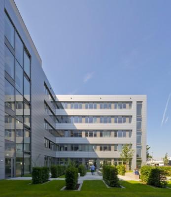 mbb Weimar · Fassaden-Referenz Siemens (Foto © Michael Miltzow)